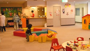 kid-round-room