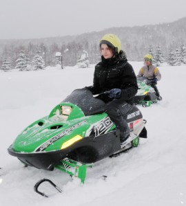 mini-snowmobile-popup